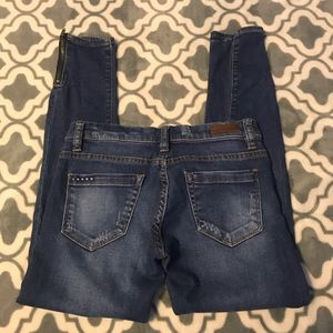 Blank NYC size 25 skinny, distressed jeans